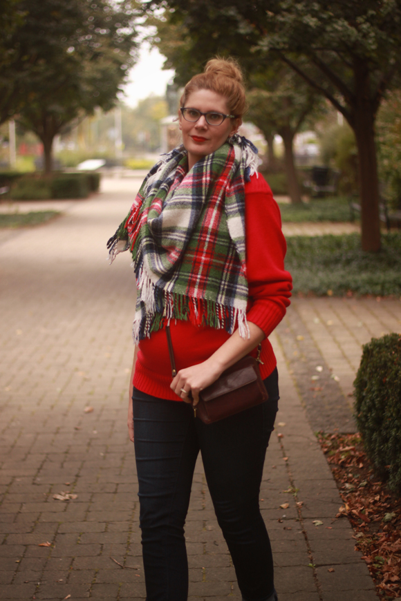Plaid blanket scarf // We So Thrifty