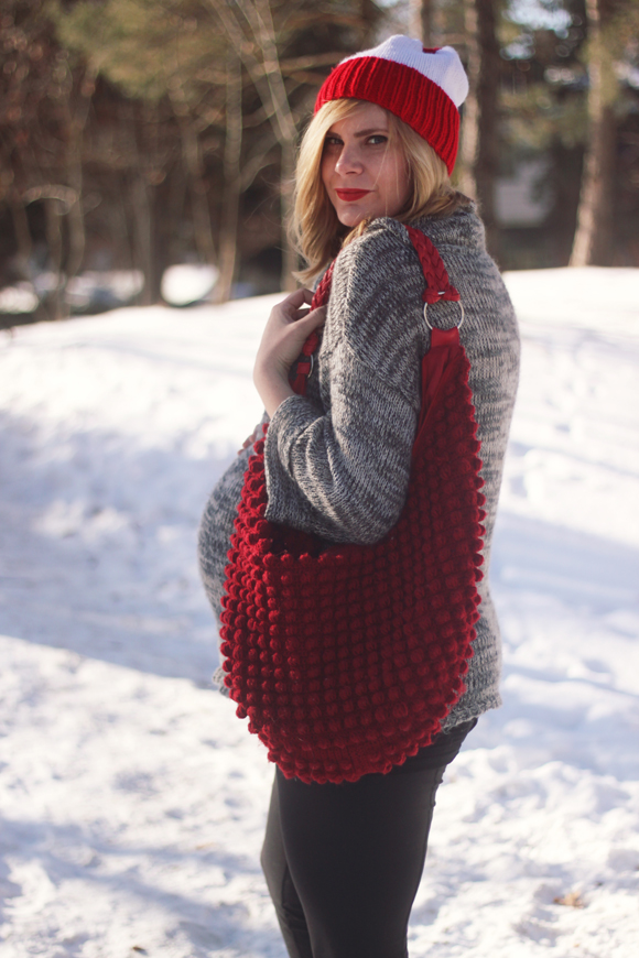 Slouchy gray sweater, knitted bag + toque // We So Thrifty