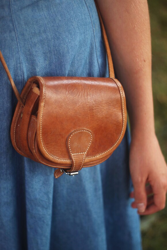Leather purse // We So Thrifty